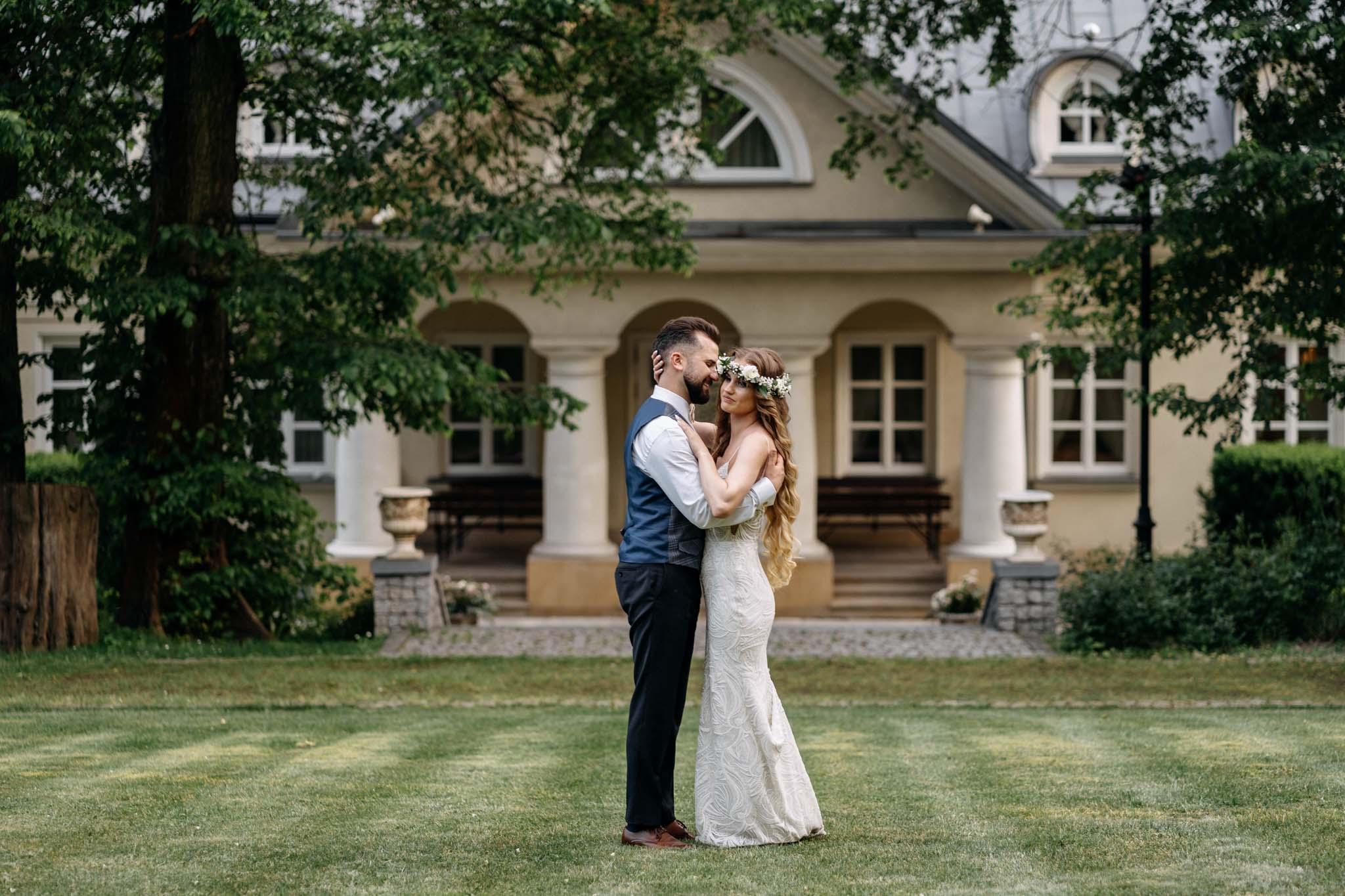 Pałac Śmiłowice sesja ślubna